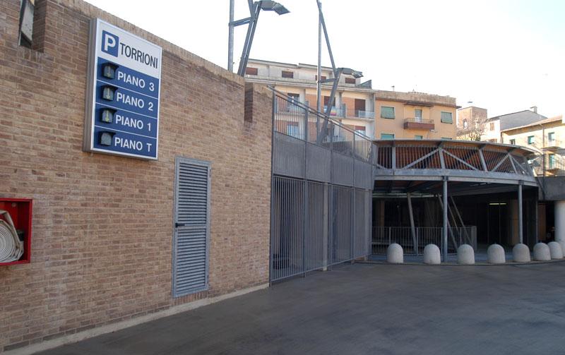 Ufficio Verde Ancona : Parcheggio torrioni parcheggi multipiano ancona parcheggi